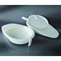 the pan for the sick with ergonomic handle CE PP cap. 2.500 ml - autoclavable - 1 piece per package-Cf.24pz