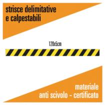 Striscia delimitativa calpestabile in materiale antiscivolo certificato