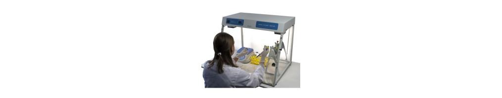 strumenti per la sicurezza di ambiente e operatore in laboratorio