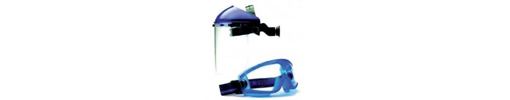 Protezione viso in laboratorio